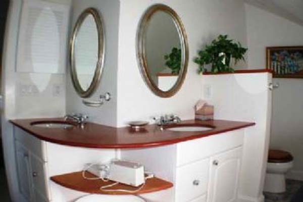 Bathroom at Villa NAN JEF (JEF) at Nantucket, Town, Family-Friendly Villa, 2 Bedrooms, 2 Bathrooms, WiFi, WIMCO Villas