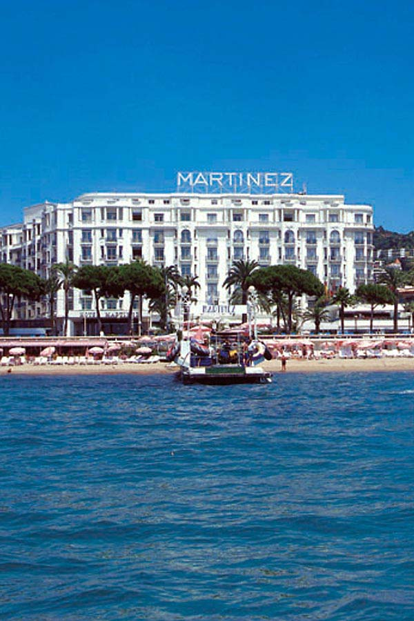 WIMCO Villas, Cote d'Azur Luxury Hotel, Hotel Martinez, Book a Hotel room now with WIMCO Villas.
