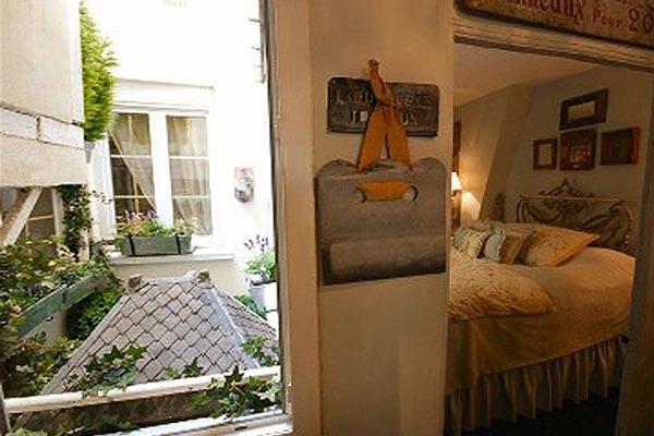 Villa YNF BRO (L'Appart des Brocanteurs) at France, Paris, Family-Friendly Villa, 2 Bedrooms, 1 Bathrooms, WiFi, WIMCO Villas