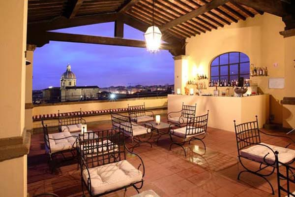 WIMCO Villas, Firenze Luxury Hotel, Palazzo Magnani Feroni, Book a Hotel room now with WIMCO Villas.