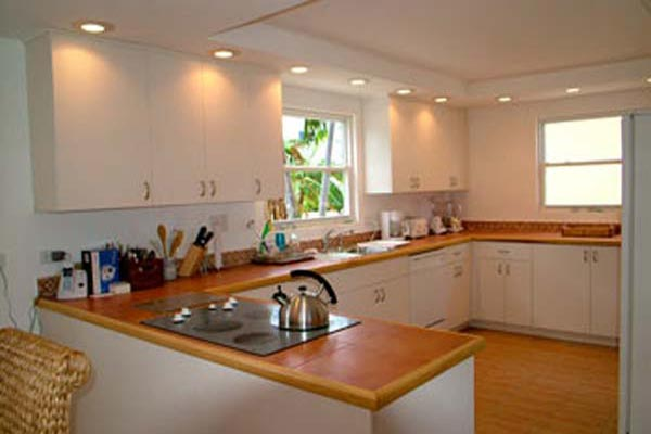 Kitchen at Villa CM CPD (Caribbean Paradise) at Grand Cayman, South Shore, Family-Friendly Villa, Pool, 3 Bedrooms, 3 Bathrooms, WiFi, WIMCO Villas