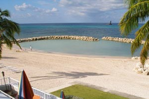 Beachfront Villa, Grand Cayman, Cayman Islands, CM TI3, WIMCO Villas