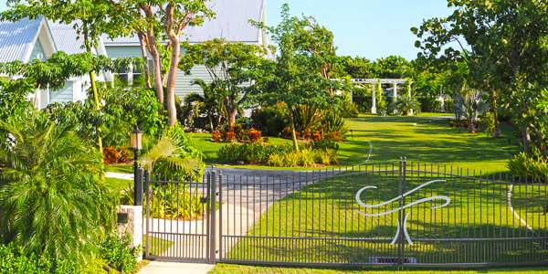 Exterior of WIMCO Villa GCM SEO (Sea Orchard Retreat) at Seven Mile Beach, Grand Cayman