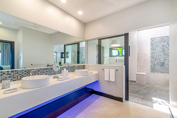 Bathroom at Villa VL MAL (Malatai on the Beach) at Jamaica, Ocho Rios, Family-Friendly Villa, Pool, 6 Bedrooms, 6 Bathrooms, WiFi, WIMCO Villas