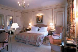WIMCO Villas, Lancaster, Paris, Room, Book now with WIMCO Villas