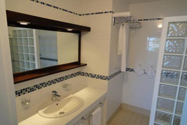 Bathroom at Villa WV OSS at St. Barthelemy, Gustavia, Family-Friendly Villa, 2 Bedrooms, 2 Bathrooms, WiFi, WIMCO Villas