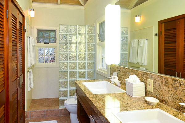 Bathroom at Villa CT SUN (Sunset Beach) at St. John, Chocolate Hole, Family-Friendly Villa, Pool, 4 Bedrooms, 4 Bathrooms, WiFi, WIMCO Villas
