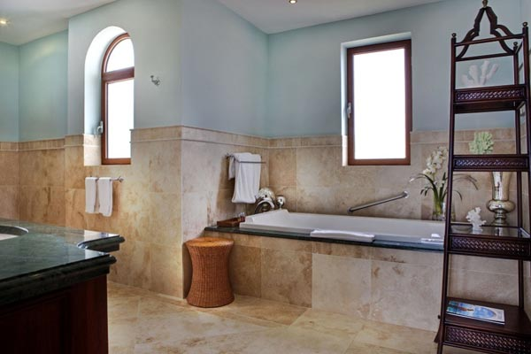 Bathroom at Villa SMA 3BD (Bluff 3 Bedroom Villa at La Samanna) at St. Martin, Beach Side/Baie Longue, Family-Friendly Villa, Pool, 3 Bedrooms, 3 Bathrooms, WiFi, WIMCO Villas