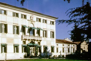 WIMCO Villas and Hotels, Hotel, Villa Condulmer, Venice, Book now with WIMCO