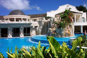 WIMCO Villas, Sandy Lane, Barbados, Villa Pool, Book now with WIMCO Villas