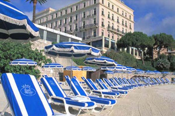 WIMCO Villas, Royal Riviera, Cote d'Azur, Beach, Book now with WIMCO Villas