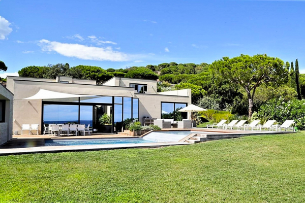 France Beachfront Villa Dela